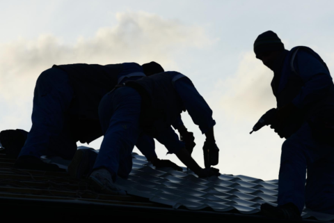 Leave Roof Repair To The Best Roofer in Destin Destin roofing company | Destin roofing companies |Best roofing company in Destin |Best roofing company in Pensacola | Pensacola roofing company | Panama City metal roof contractor